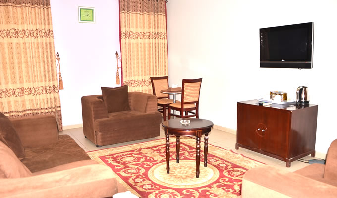 quarterhouse-luxury-suite-001